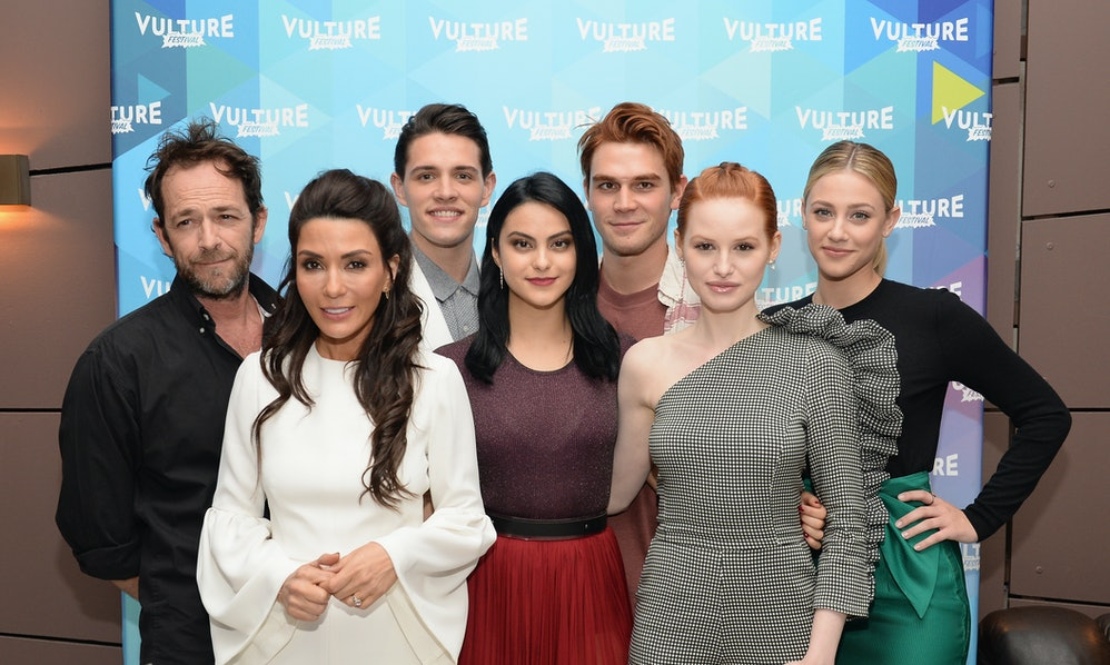 Heres what the cast of riverdale looked like before they were famous m4hsunfo Images