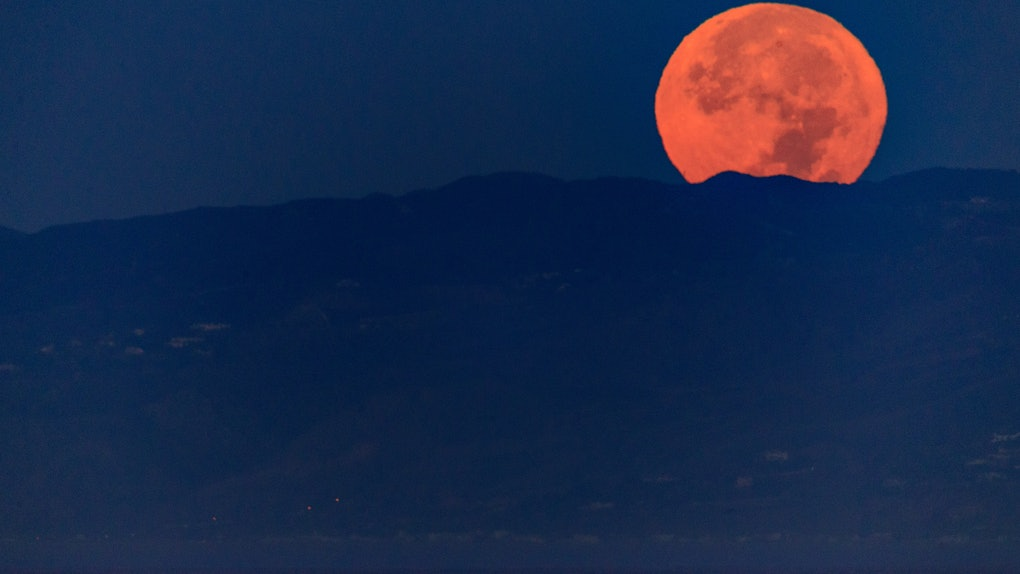 The Meaning Of The Supermoon For Your Sign Signals A Shift