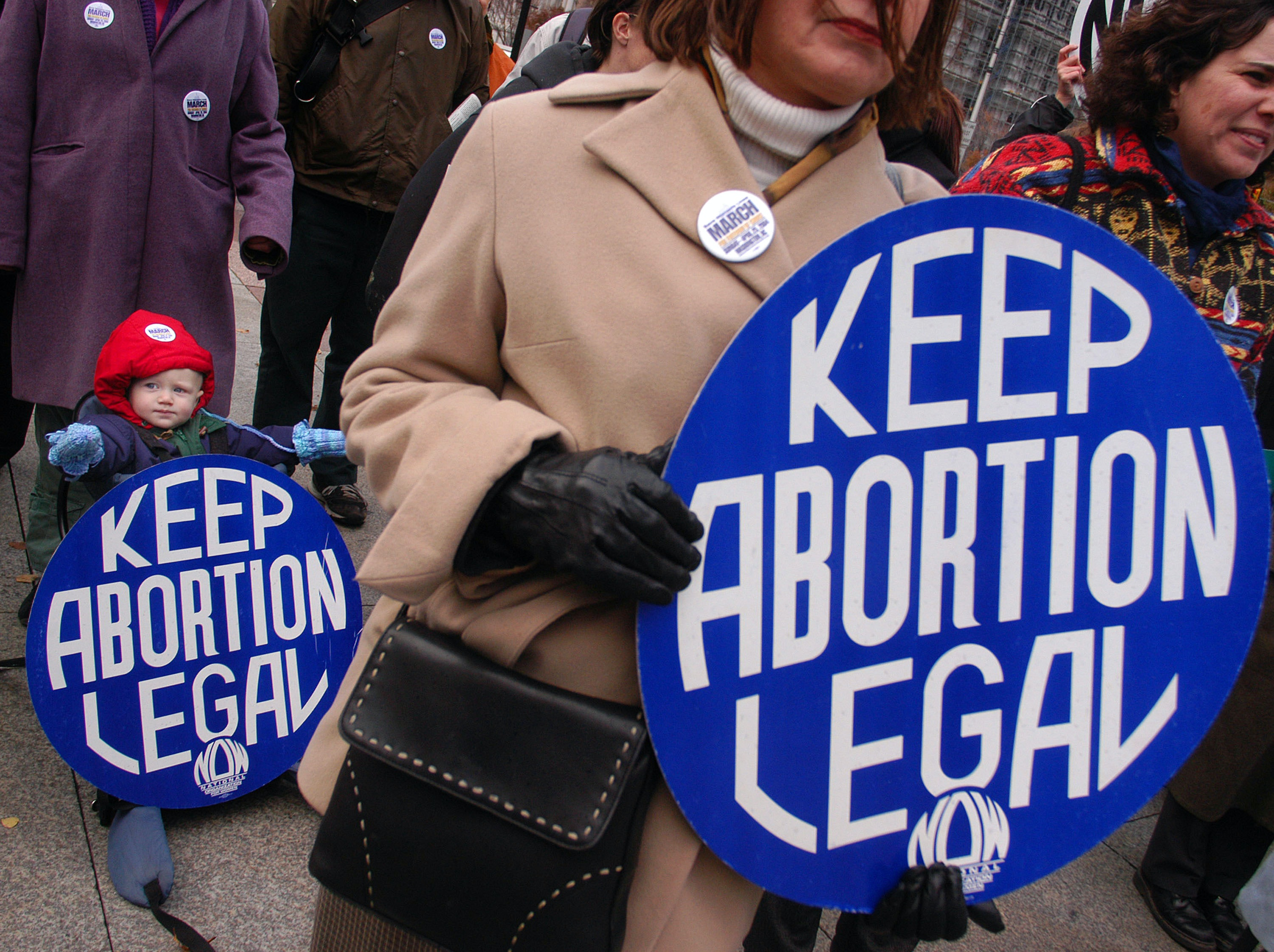 Agency: 2 Immigrants Can Leave US For Abortion