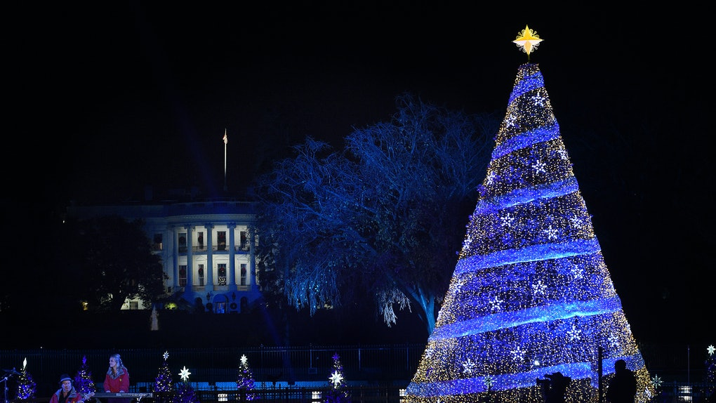Photos Of Trump's Vs. Obama's White House Christmas Decorations Are Making Us So Nostalgic