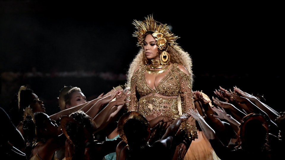 11 Illuminati Signs In Beyonces Pregnancy Instagrams