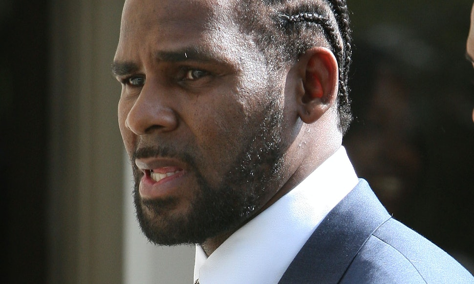 The History Of R Kelly Abuse Allegations Spans More Than 20 Years
