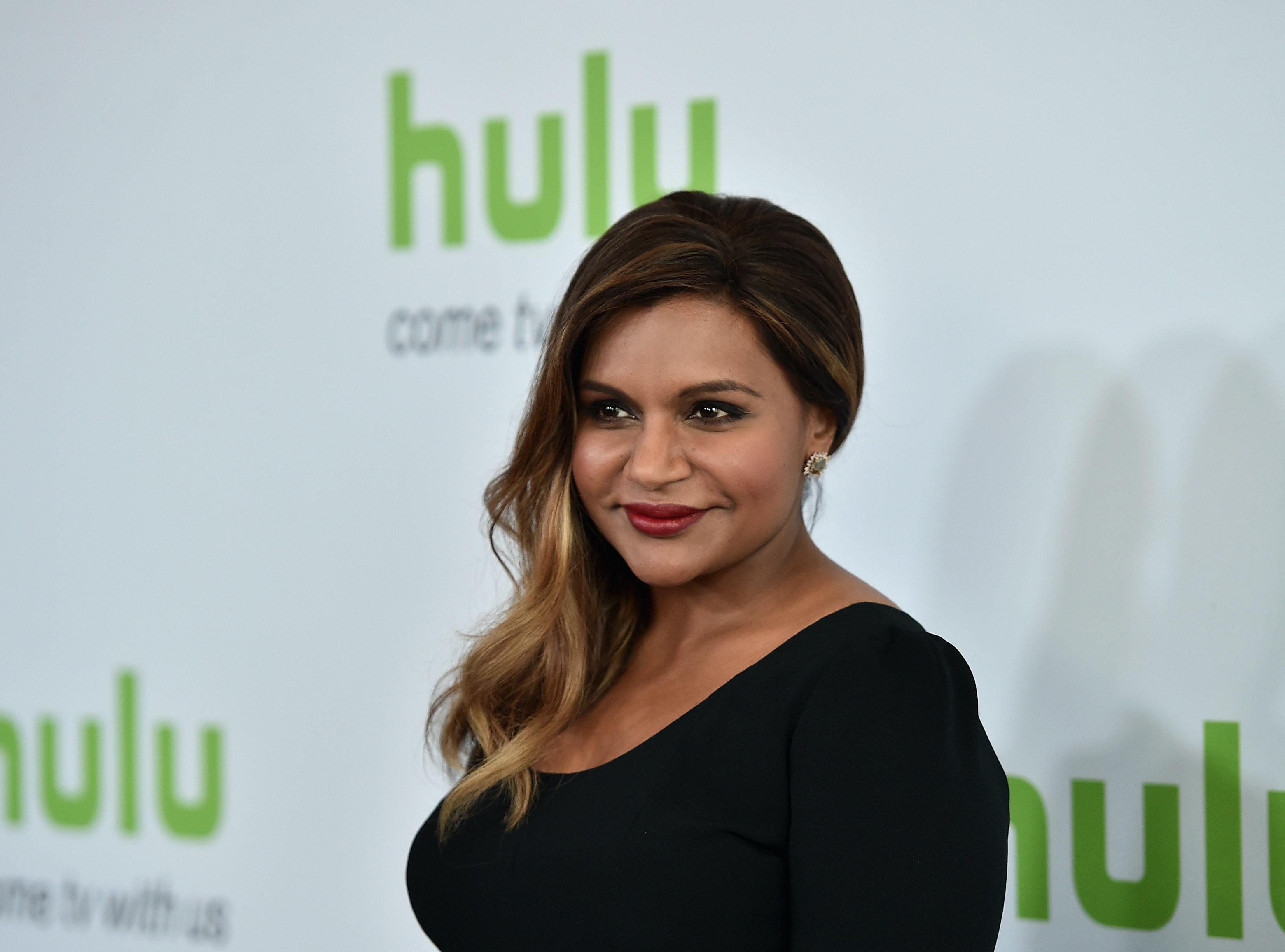 5 Mindy Kaling Quotes That Prove She Ll Be A Hilarious Parent