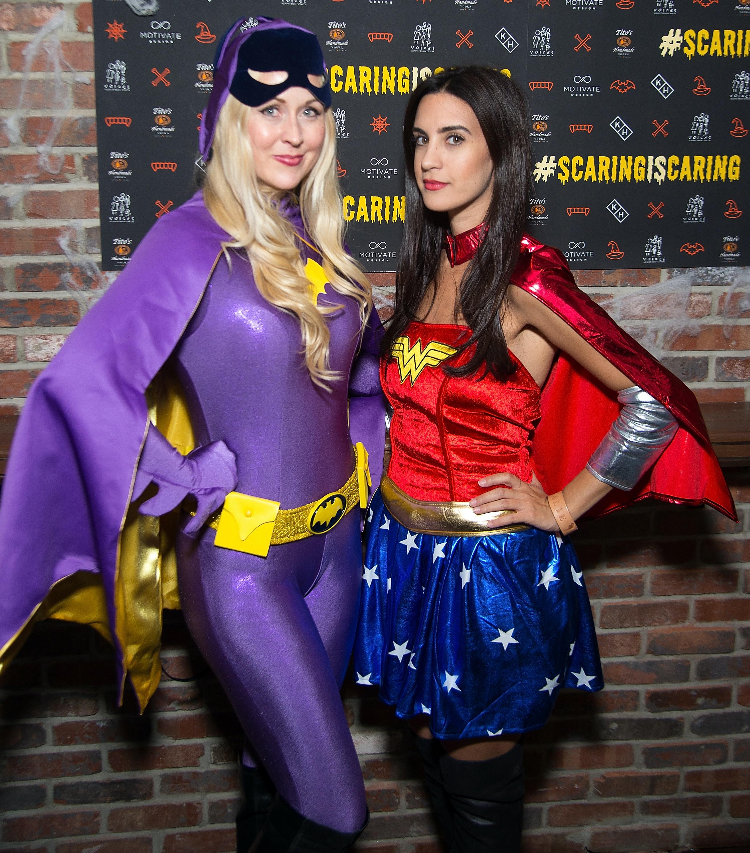 easy best friend halloween 2017 costume ideas that you & your bestie