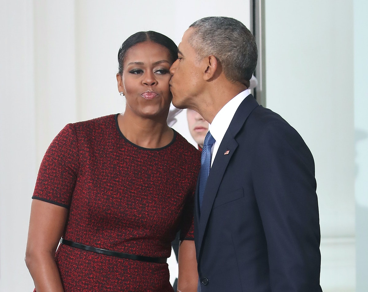 "Barack Obama's 2019 Mother's Day Post For Michelle Calls Her ""A Perfect Role Model"""