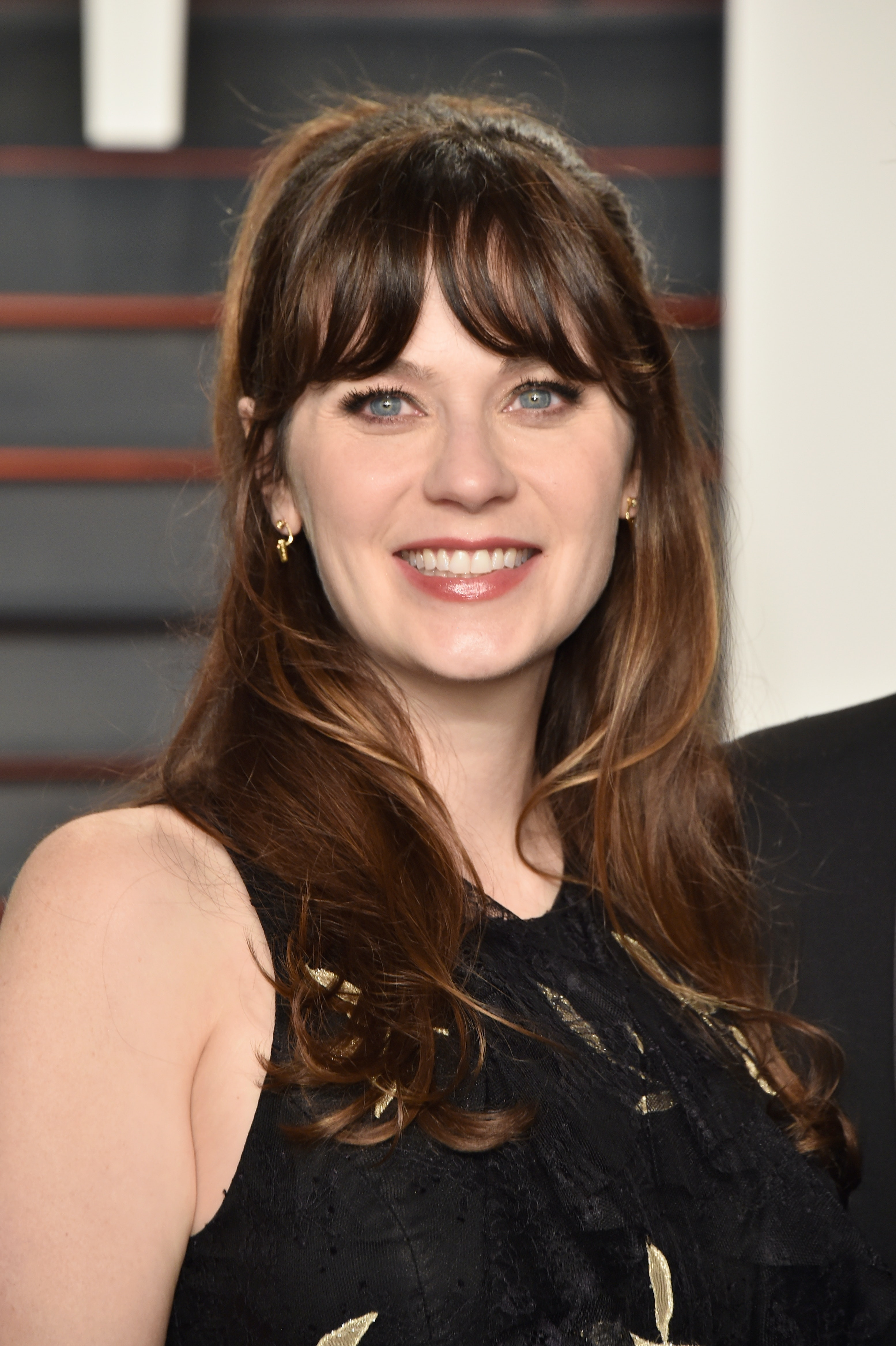 Zooey Deschanel S New Short Hair Makes Her Look Totally Different