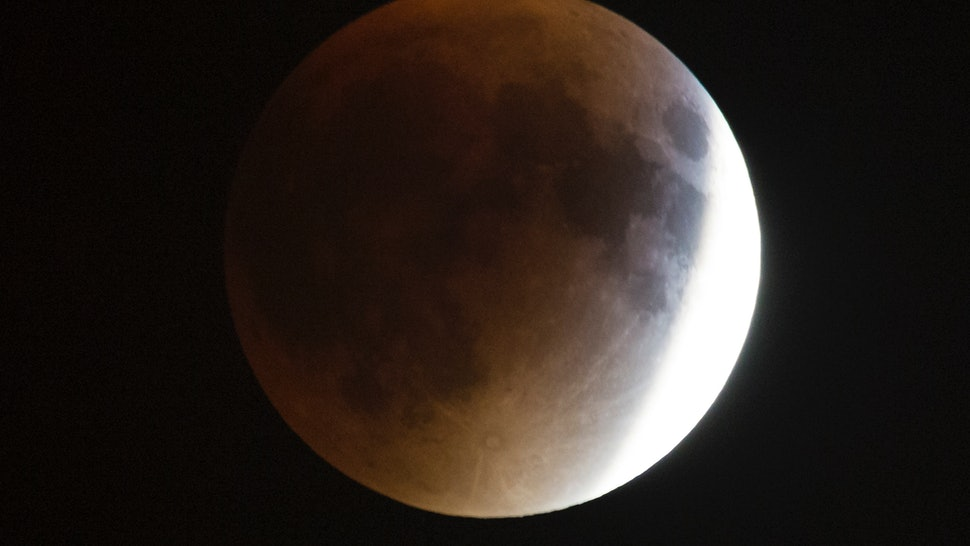 12 Super Blue Blood Moon Superstitions You Should Know