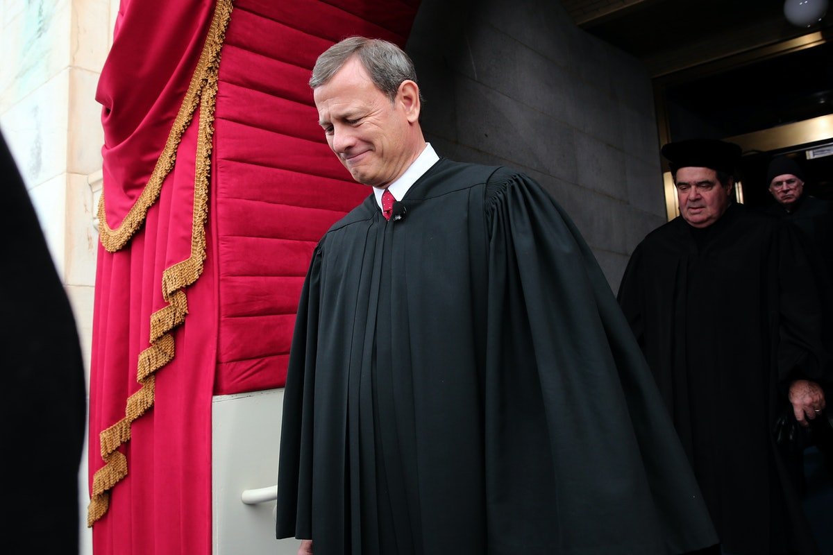 """Chief Justice John Roberts Says Kavanaugh's """"Contentious"""" Confirmation Battle Won't Sway Decisions"""