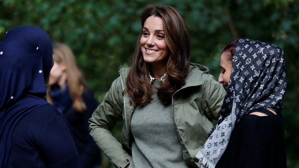 104c434a0ef4 Kate Middleton Returned To Work After Maternity Leave In Some Very Casual  Zara Trousers