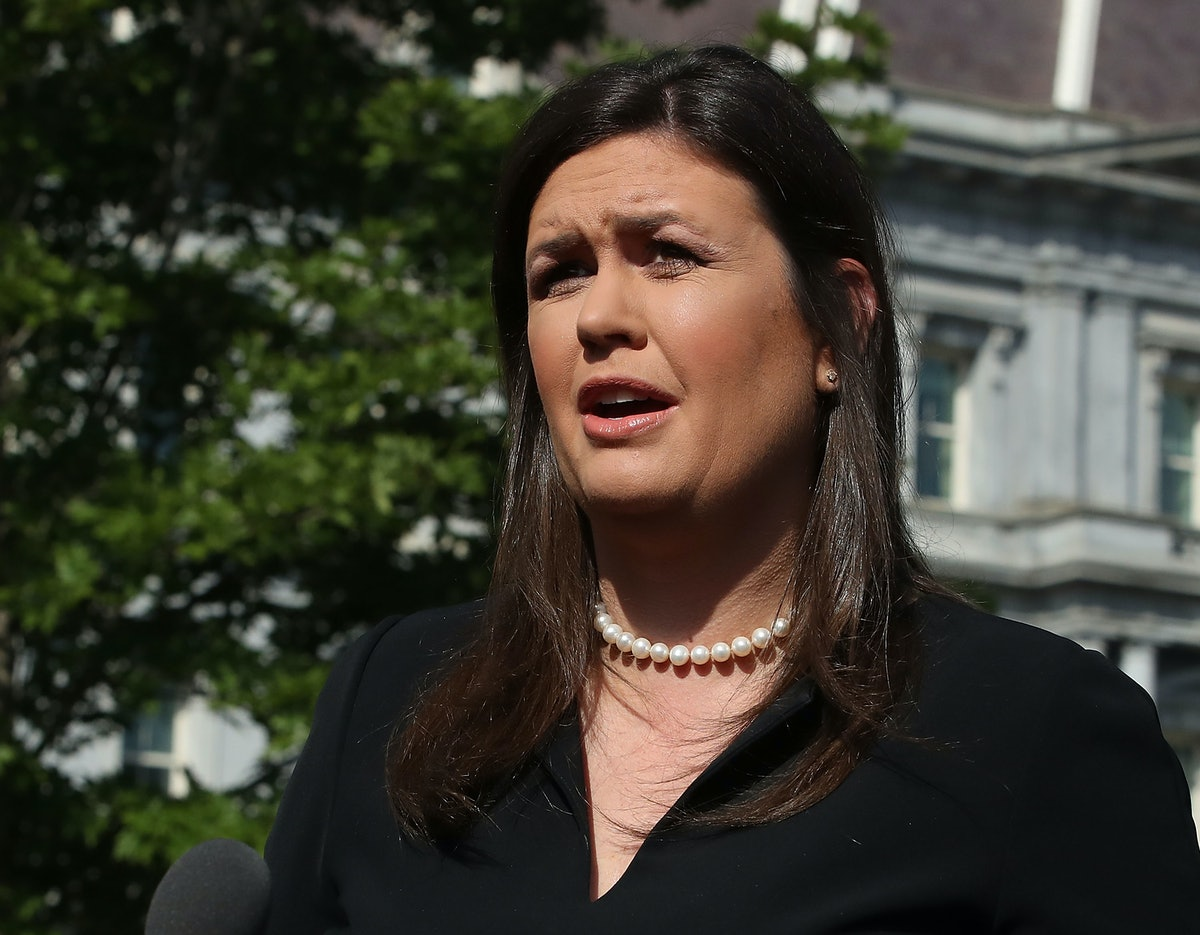 Sarah Huckabee Sanders Tweeted About Hillary Clinton And May Have Violated The Hatch Act — Again