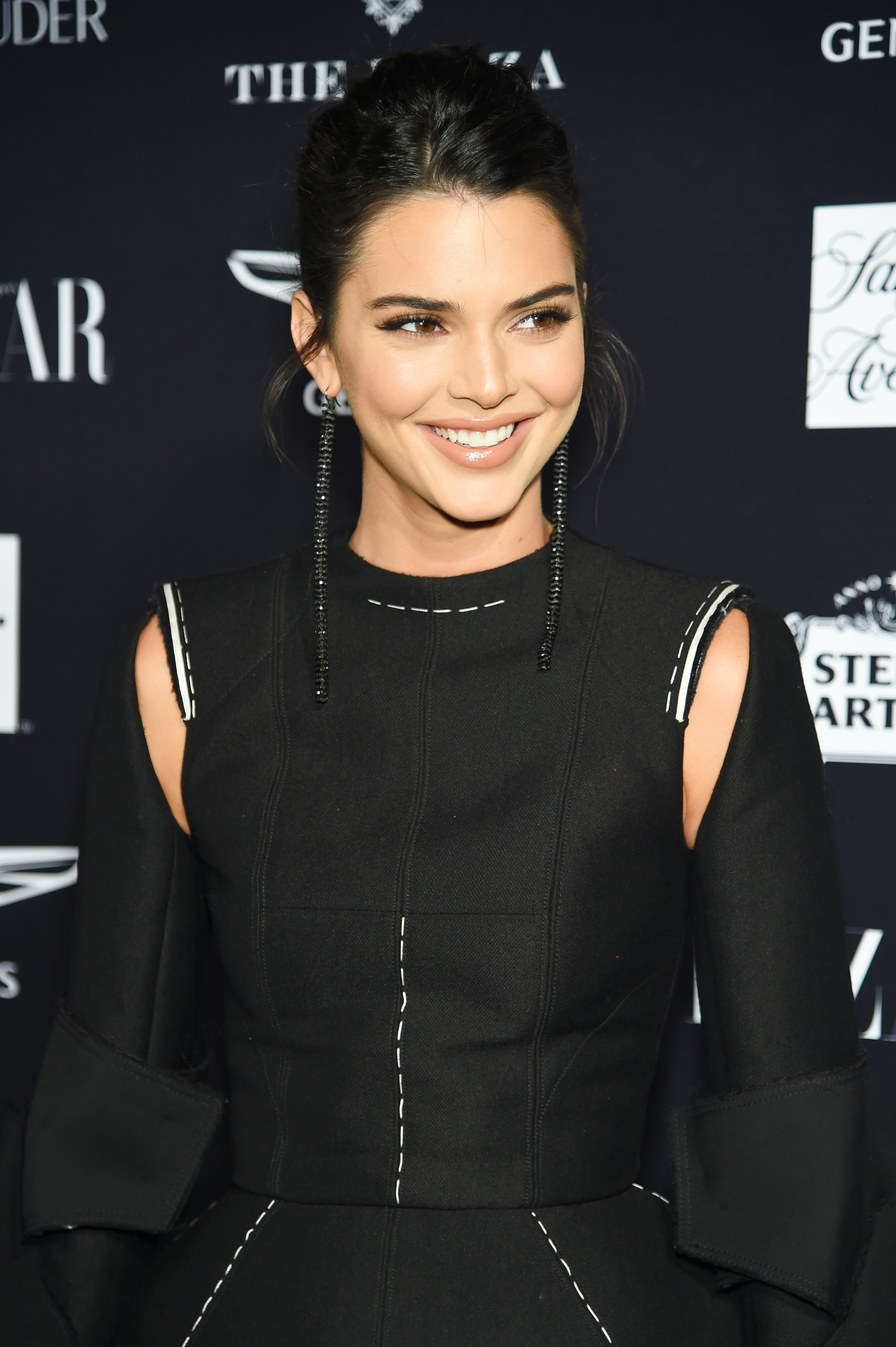 Kendall Jenner Teased Her Sisters Halloween Costumes Are