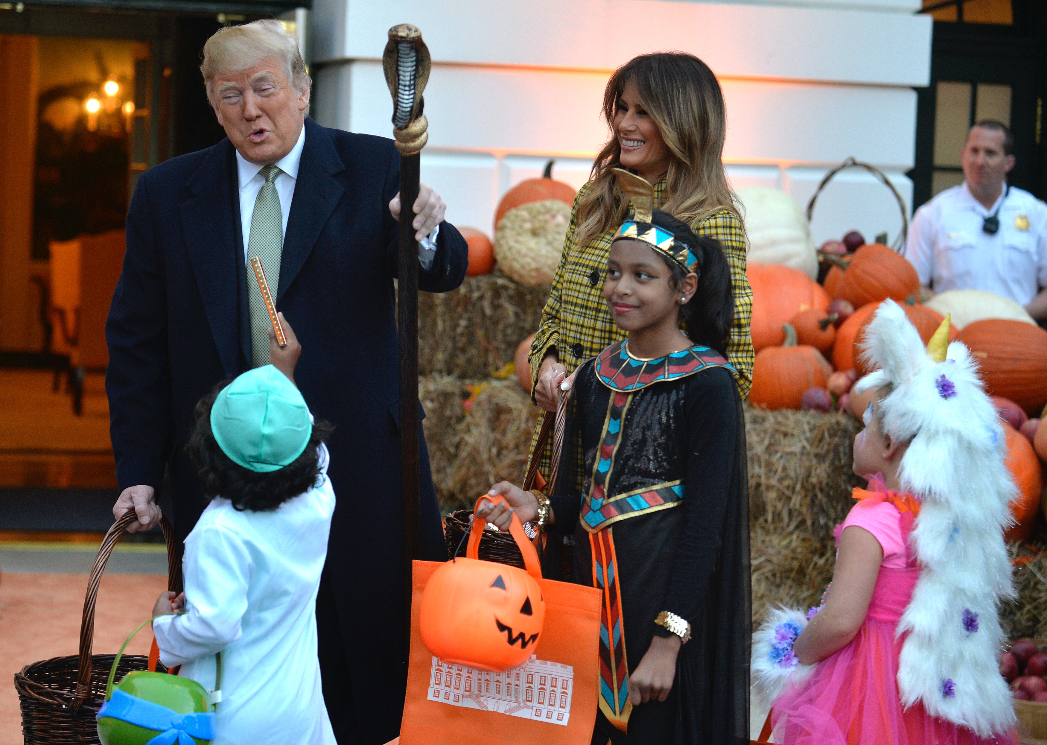Trump \u0026 Obama\u0027s White House Halloween Parties Show They Have