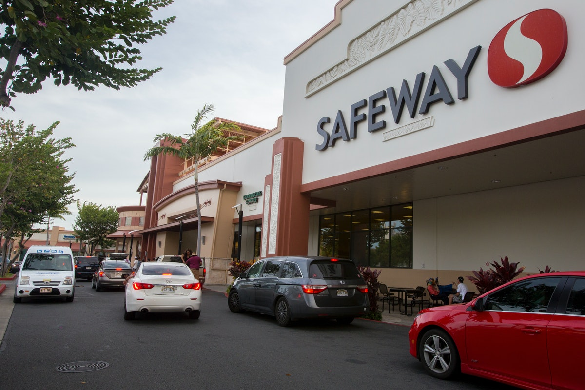 Is Safeway Open On Memorial Day 2019? You Can't Get Through The Week Without Them