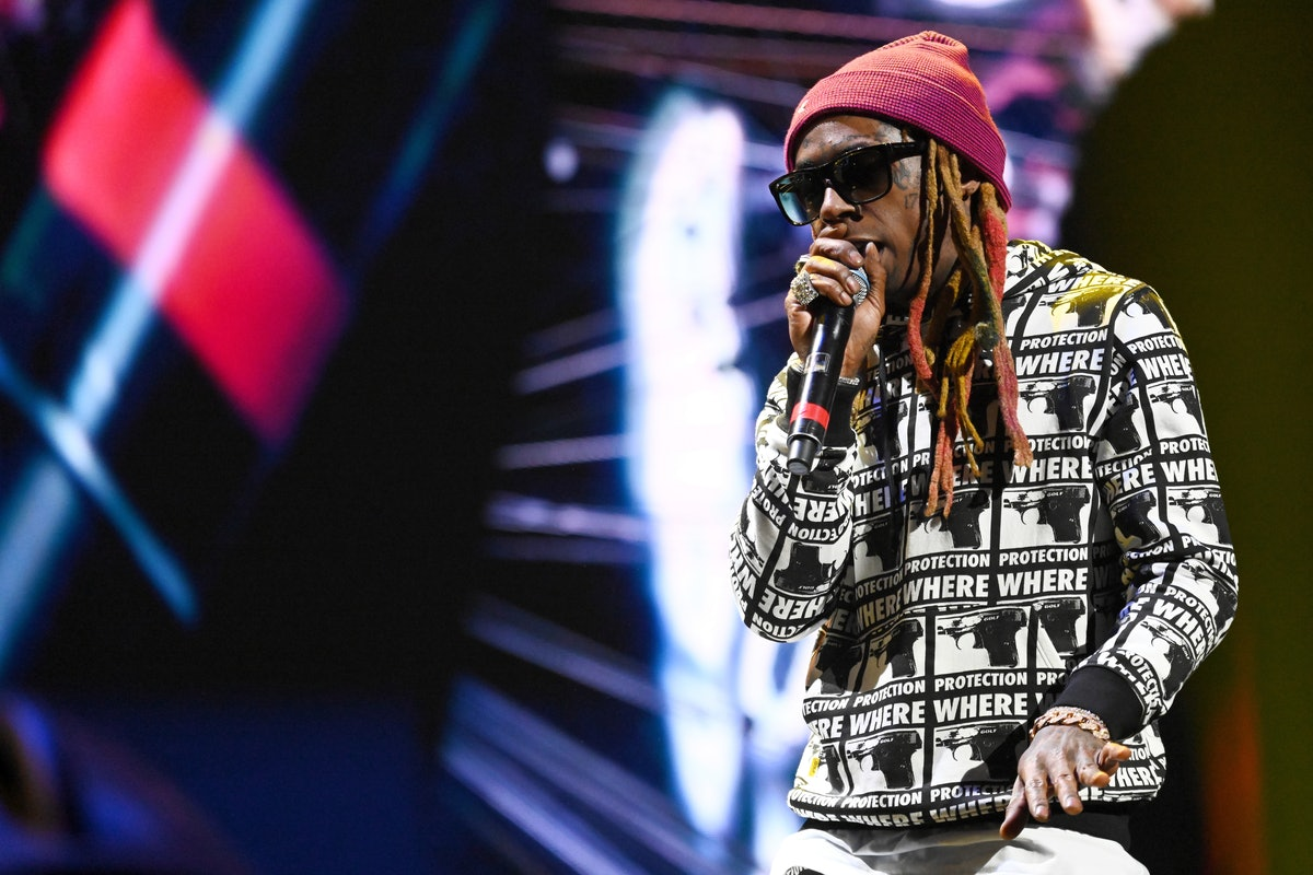 This Video Of Lil Wayne Rapping With Future About Consent On 'SNL' Is What Everyone Needs To See