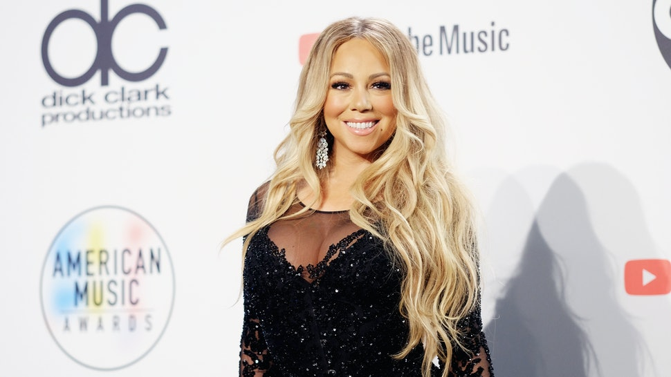 Mariah Carey All I Want For Christmas.Video Of Mariah Carey Singing All I Want For Christmas Is