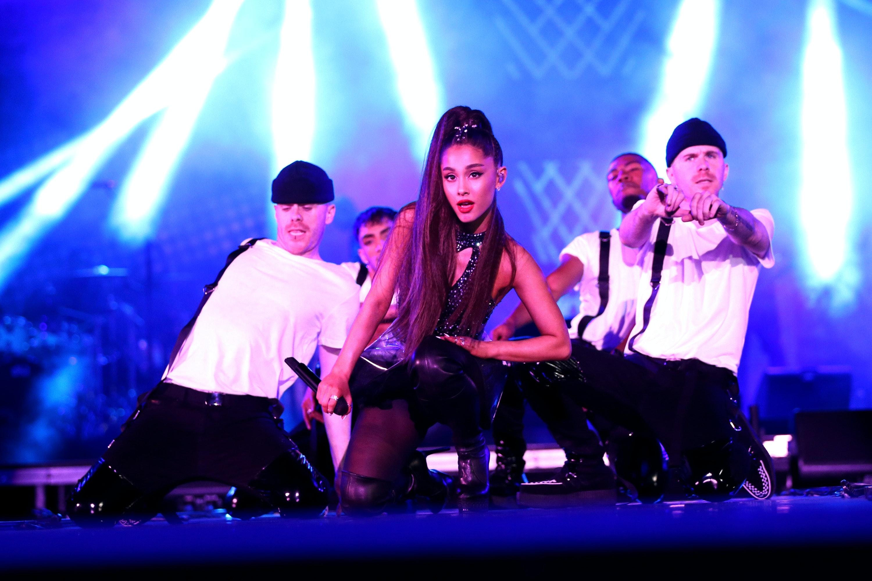 Ariana grande dating wdw
