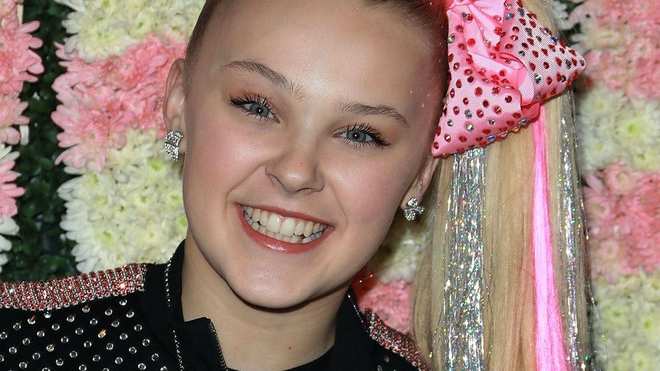 Jojo siwa is going on tour tickets will be on sale just in time jojo siwa is going on tour tickets will be on sale just in time for the holidays m4hsunfo