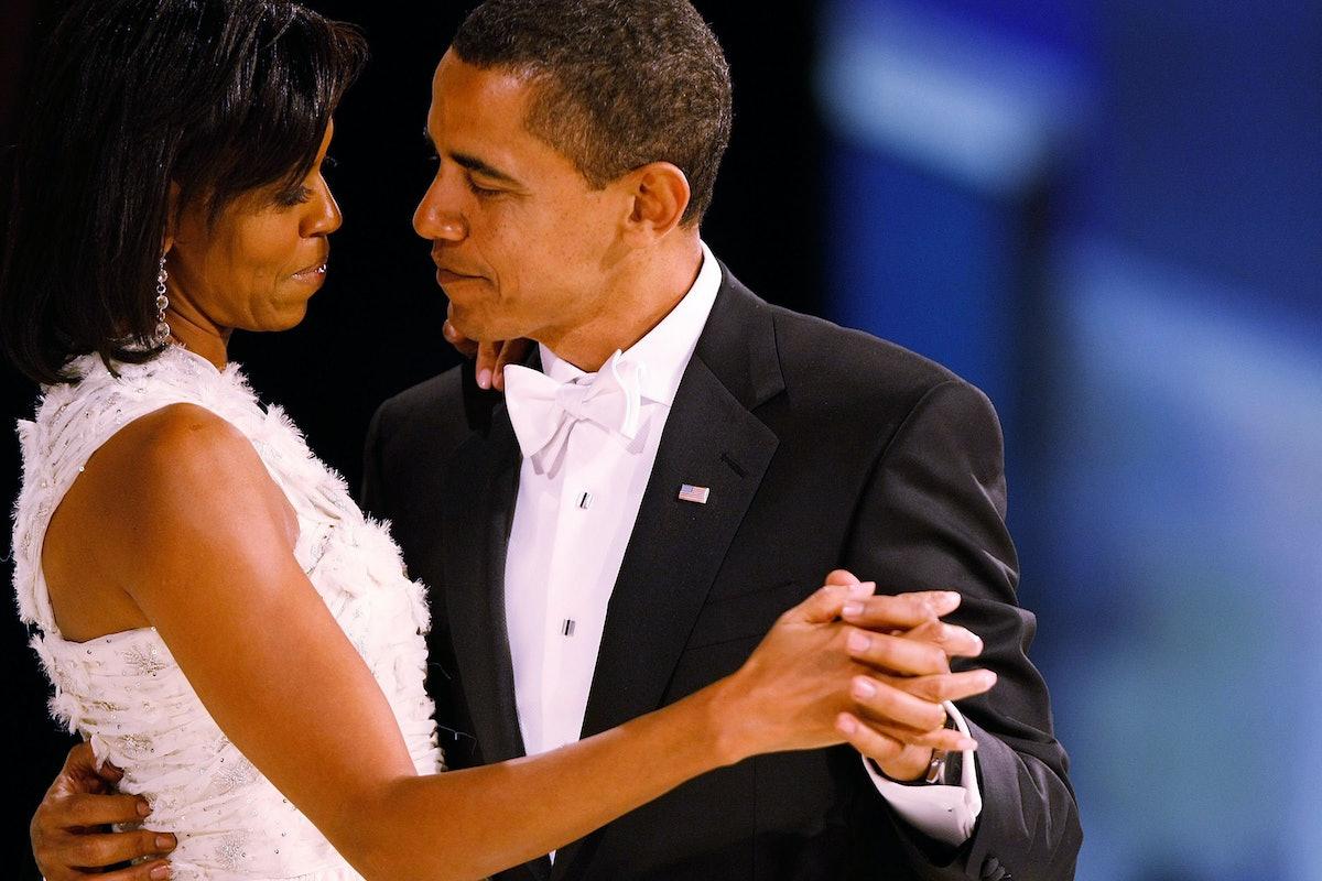 13 Photos Of Barack & Michelle Obama In Love & Serving Up Relationship Goals