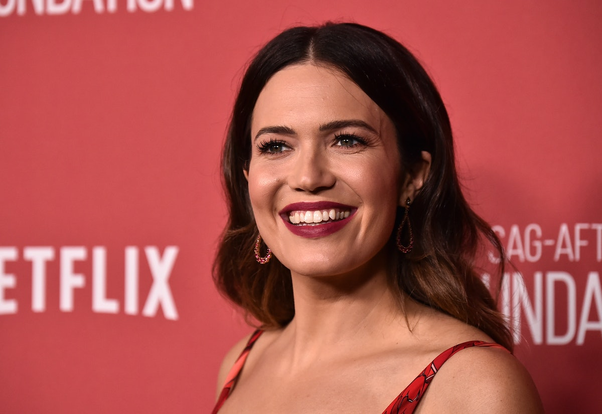 Mandy Moore's New Bangs Totally Changed Up Her Look, But They're Actually Not What You Think
