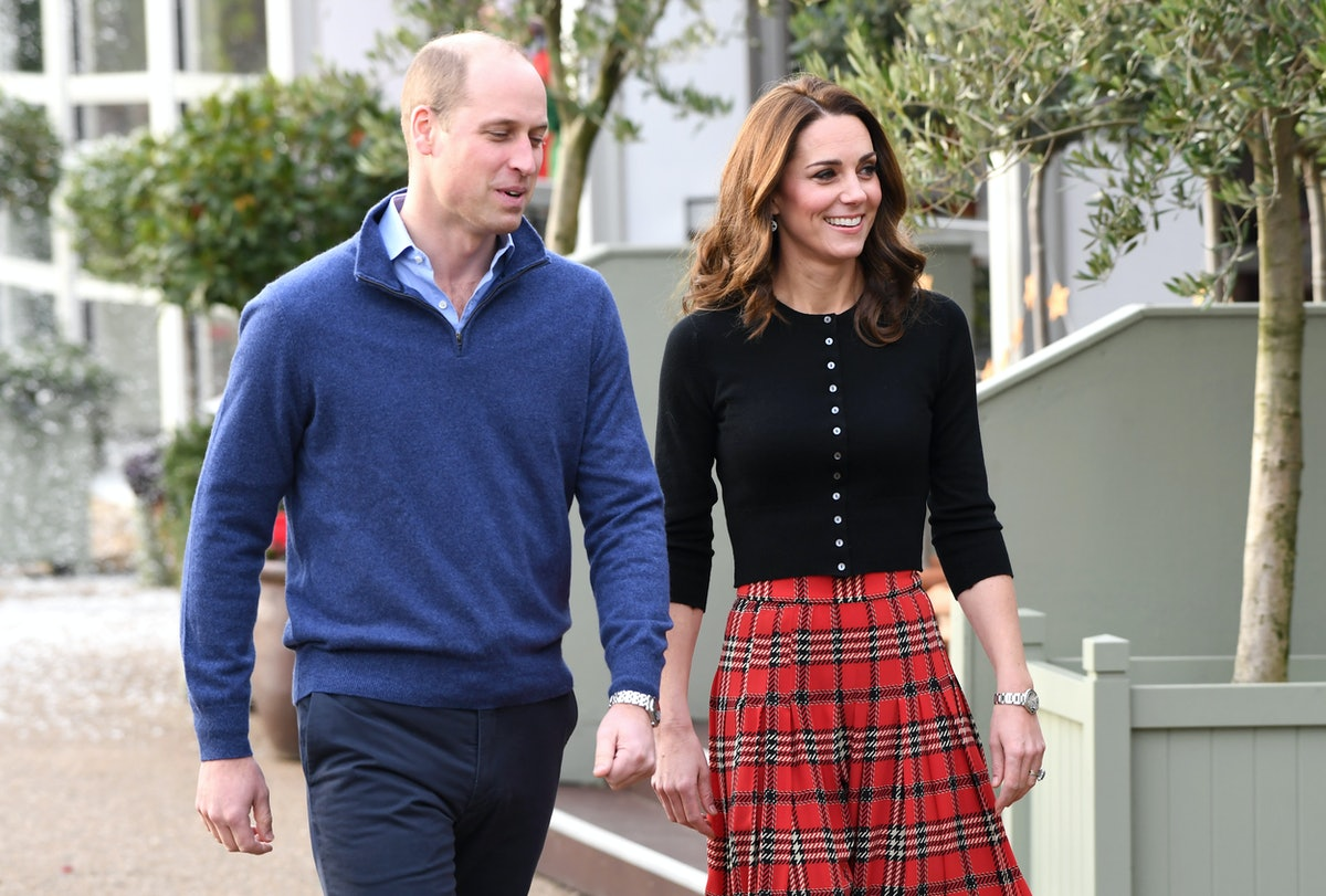 Prince William & Kate Middleton's 2018 Christmas Card Body Language Is Beyond Adorable