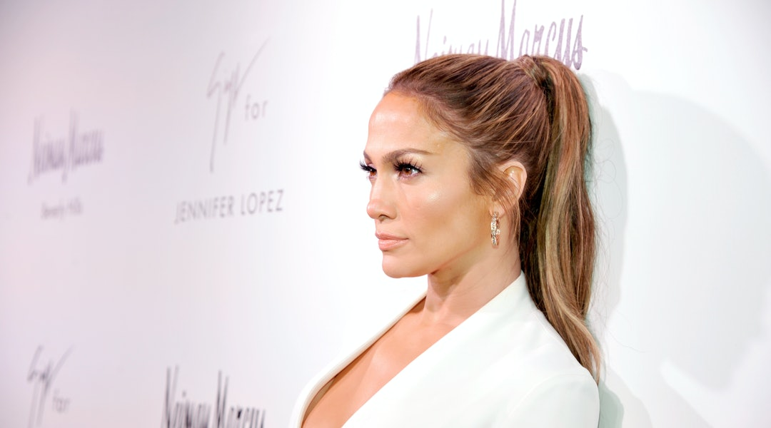 a9ac1472526fa Jennifer Lopez s Workout Clothes Are The Ultimate Athleisure Inspiration