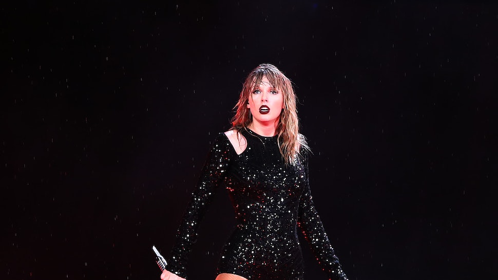 Taylor Swift Fans Are Having The Best Reactions To Spotting