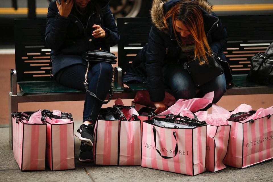 Victorias Secret Has A 2018 Valentines Day Sale That You Dont