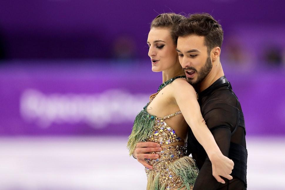 Ice Dancer Gabriella Papadakis Wardrobe Malfunction Didn Impressive Score Correction