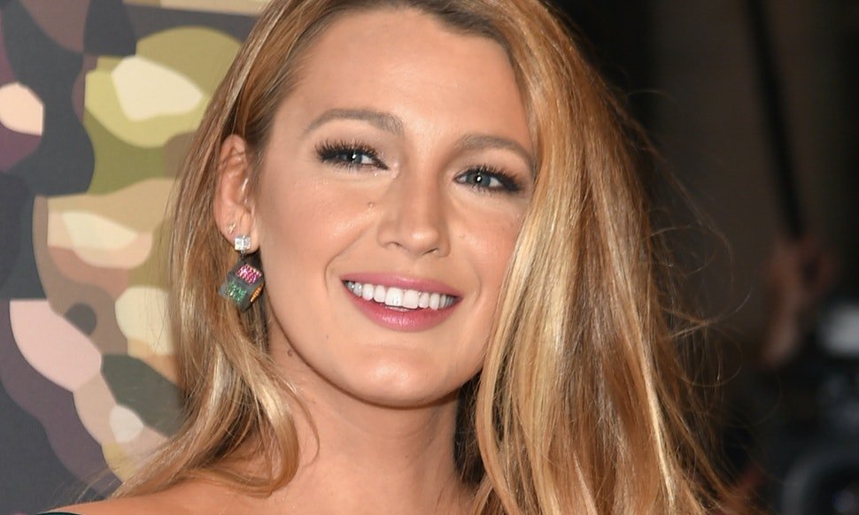 Blake Lively's 'Gossip Girl' Reference On Instagram Will Bring Fans So Much  Joy — PHOTO