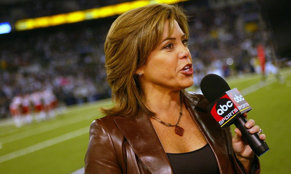 The Super Bowl 2018 Sideline Reporter Has Been There Done That Crushed It