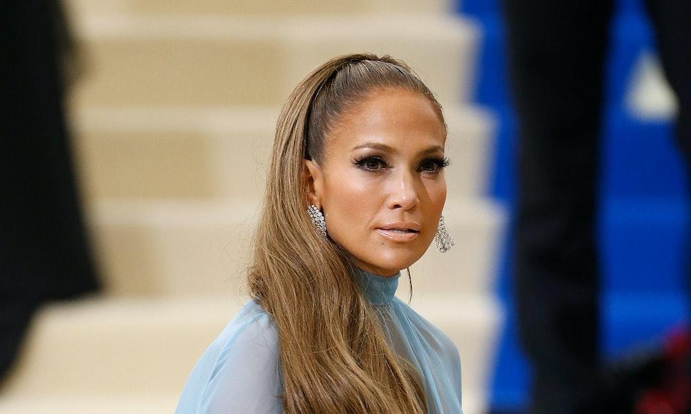 Is Jennifer Lopez Launching A Makeup Line That J Lo Glow