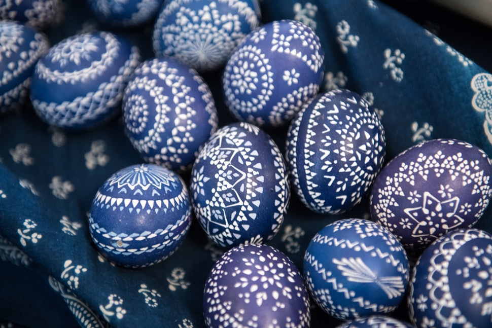 12 Adult Easter Egg Hunt Ideas For 2018 That You & Your Friends
