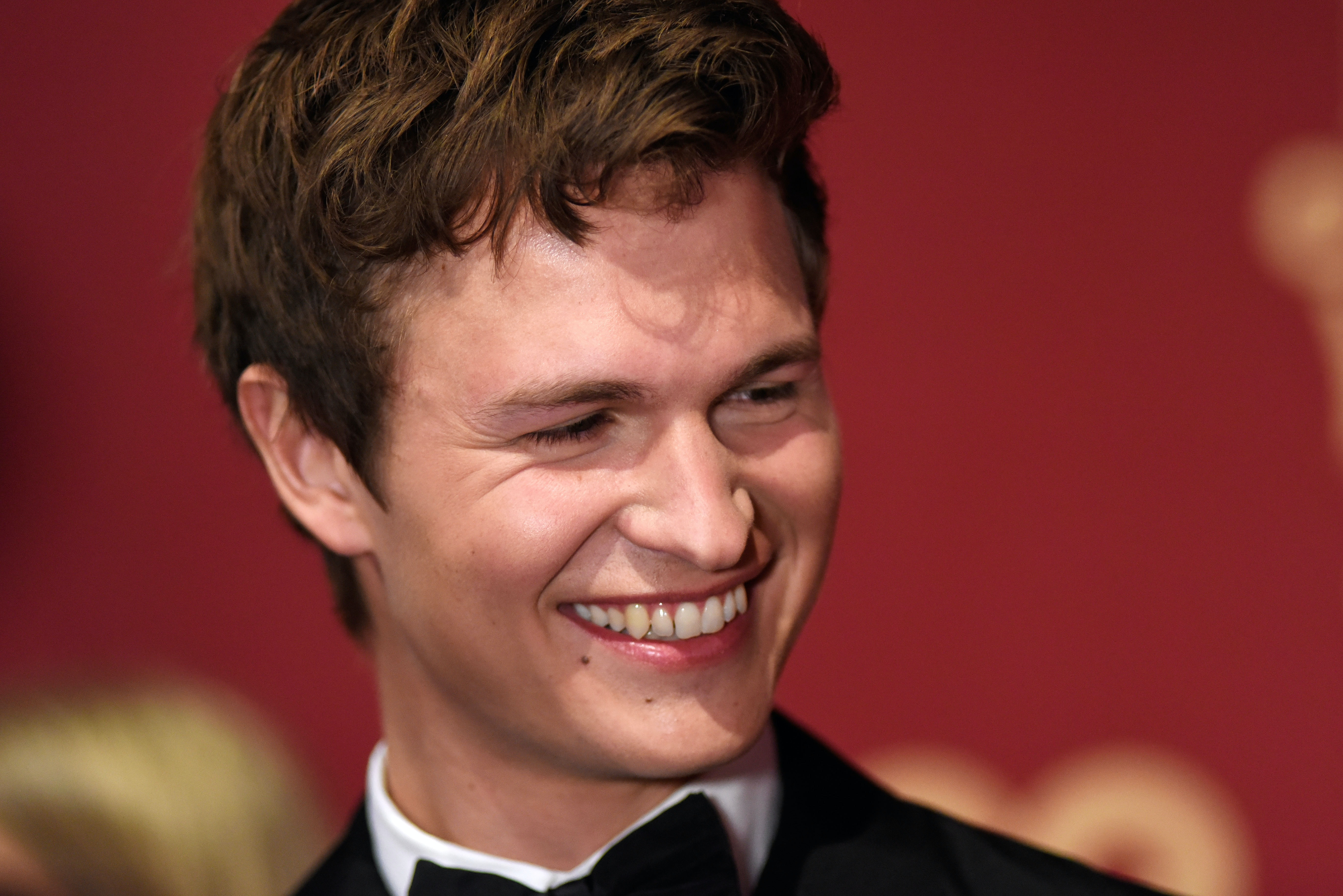 Who is ansel elgort currently hookup