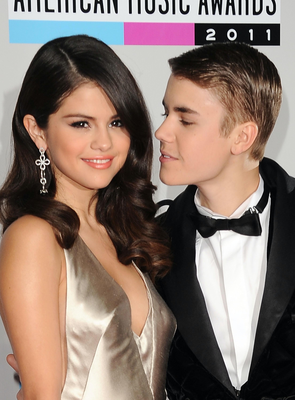 is Justin still dating Selena Gomez