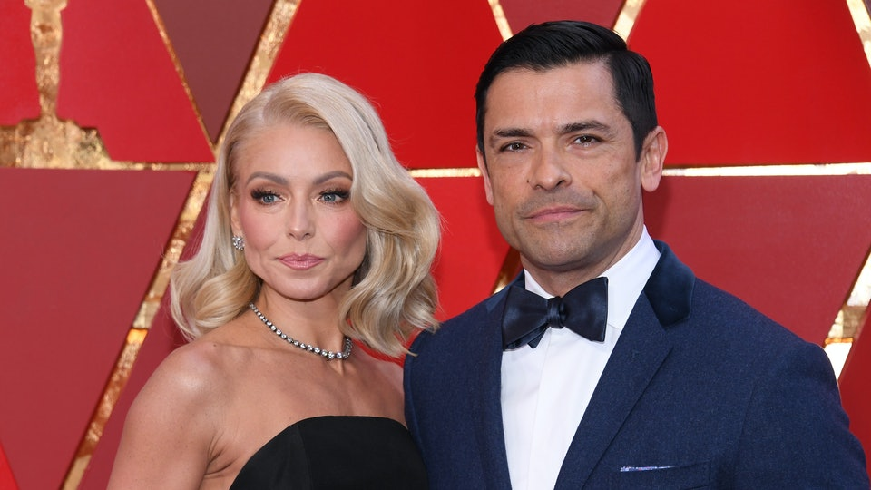 Mark Consuelos Defends Kelly Ripa After He Shared A Bikini Picture ...