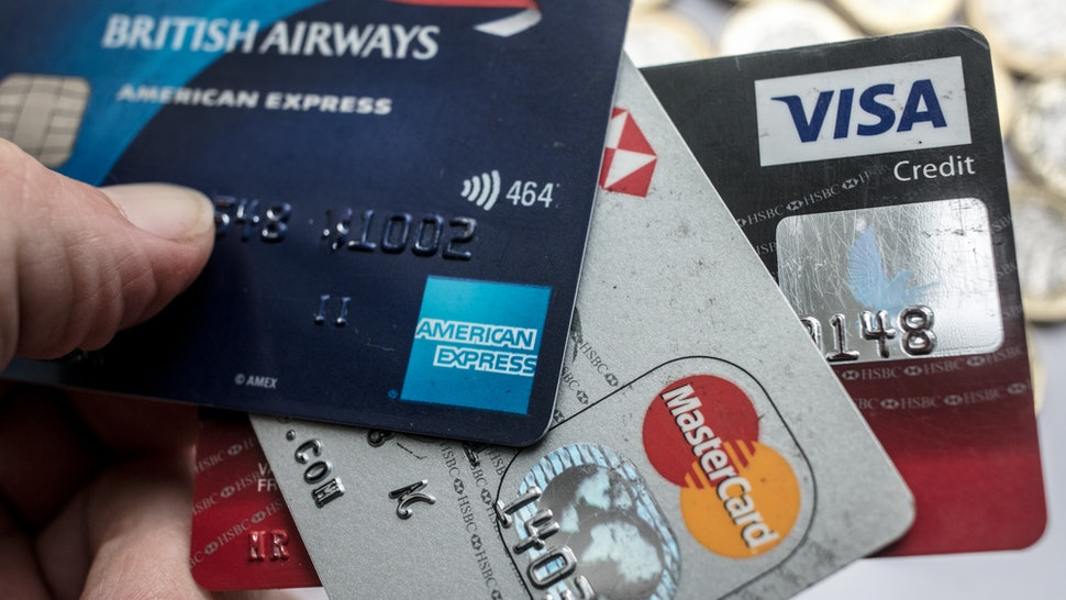 7 Credit Card Hacks For Travel Deals That Can Help You Jet Set On