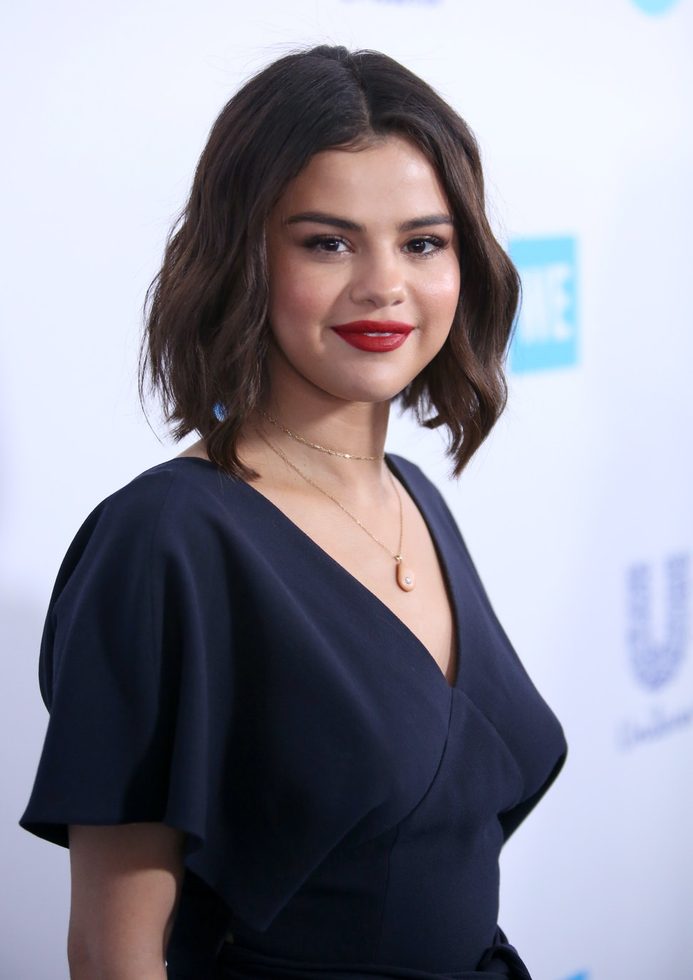 Selena Gomez Shaved Her Head Amp Her Undercut Looks So Cool
