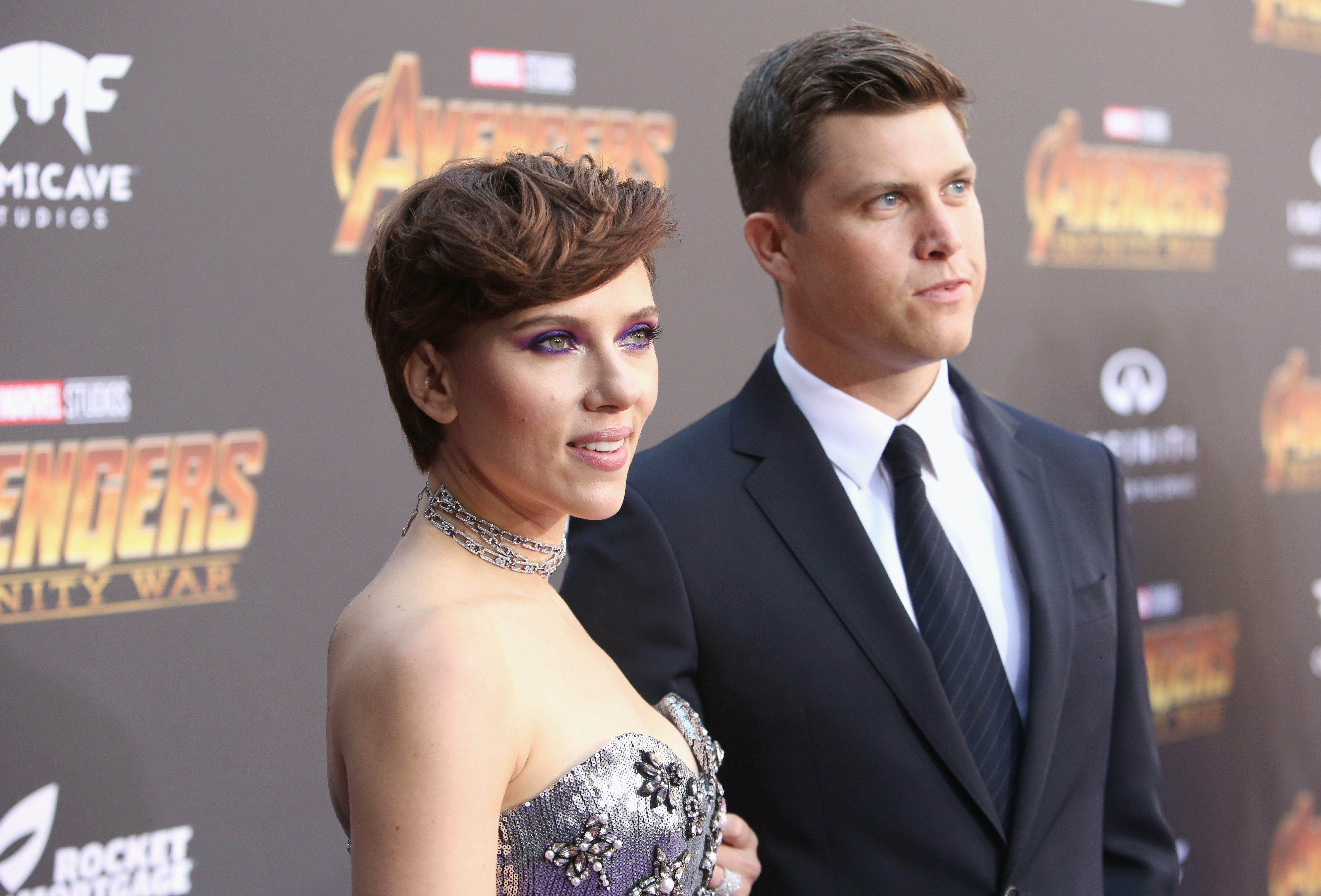 How Did Scarlett Johansson Colin Jost Meet The Couple Just Made Their Red Carpet Debut Together