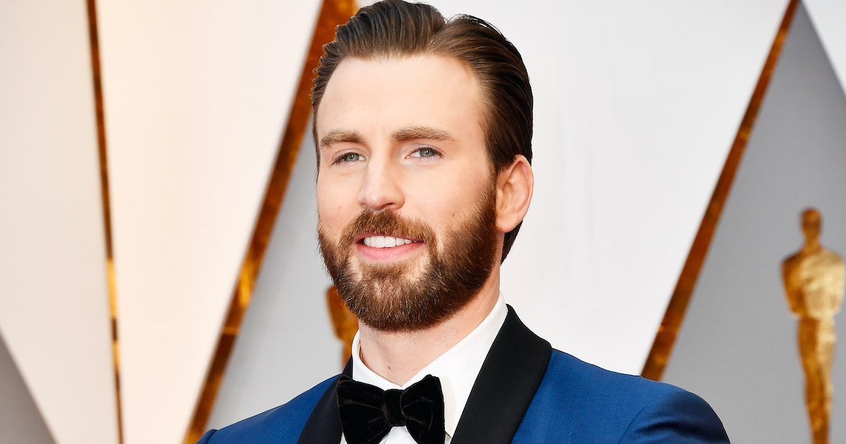 Chris Evans' Mystery Date Photo Backstory Is Even Better Than The Image That Keeps Going Viral