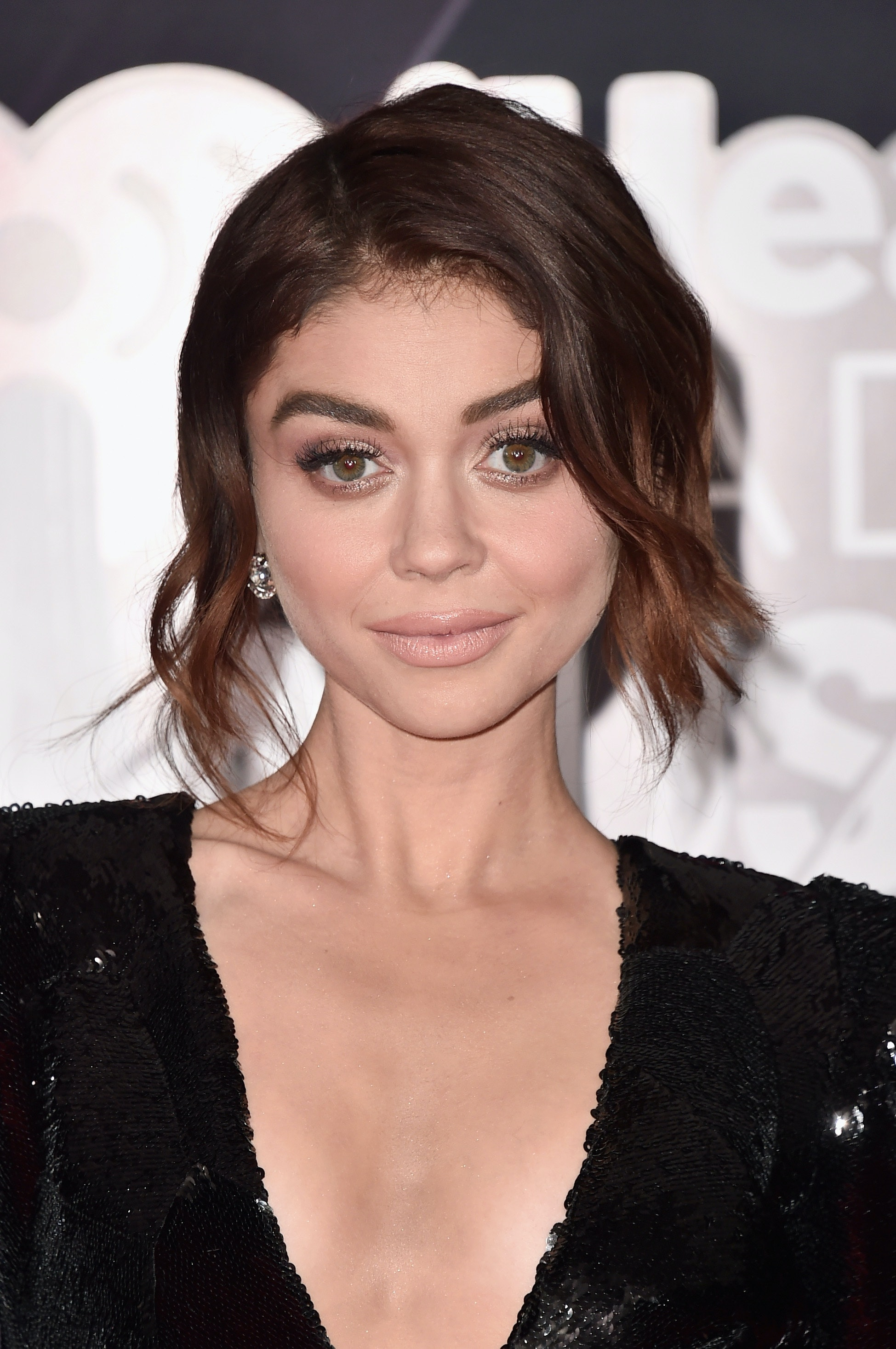 Sarah Hyland Just Got Long, Gorgeous, Dark Brown HairExtensions picture