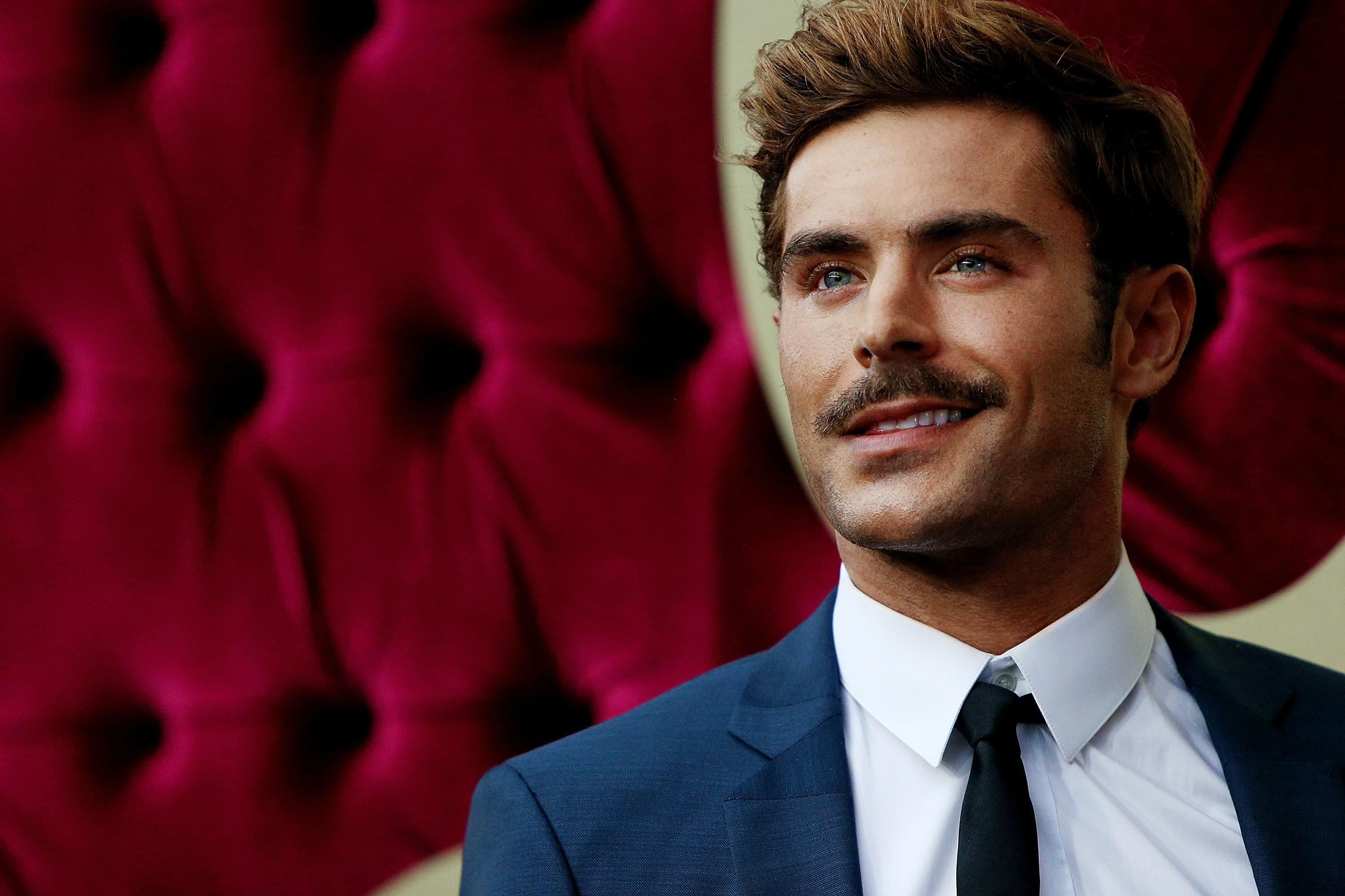 Zac effron is that you if you could dive