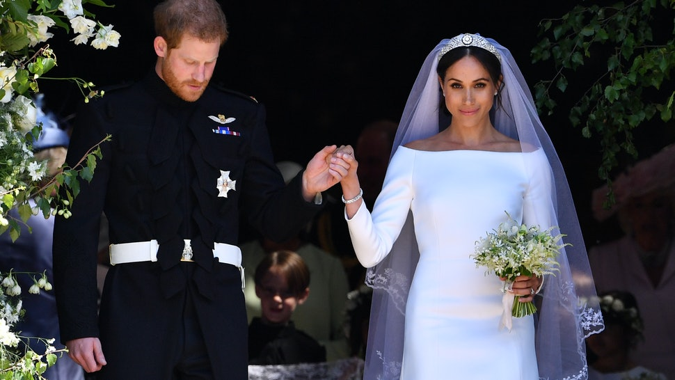 bf9ac40c013 How Much Did Meghan Markle s Wedding Dress Cost  It s A Six-Figure Gown