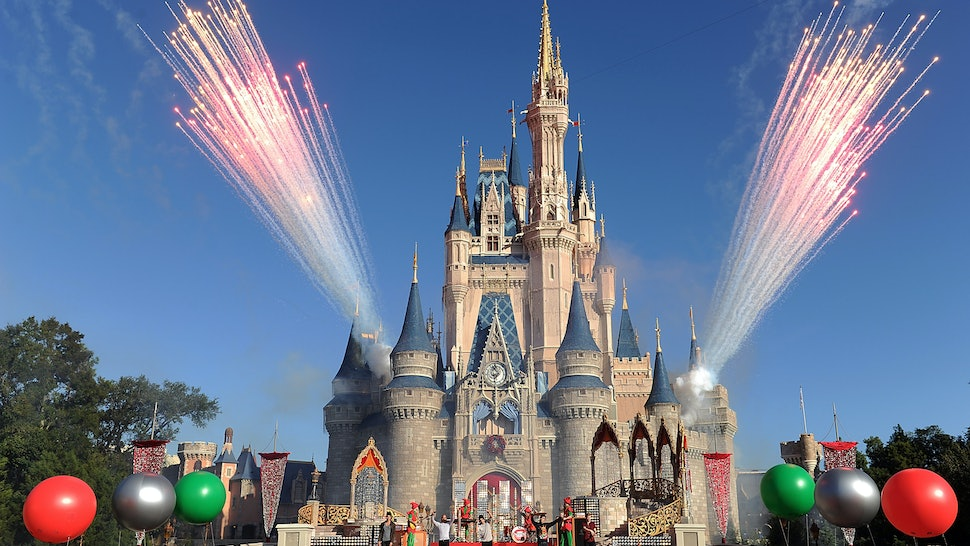 alcohol at disney world will now be served at all restaurants in the