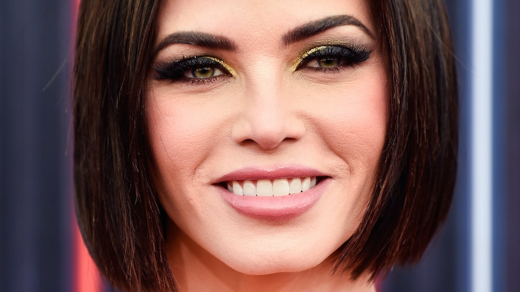 Jenna Dewan S 2018 Billboard Music Awards Look Matched Her New Short Sleek Haircut