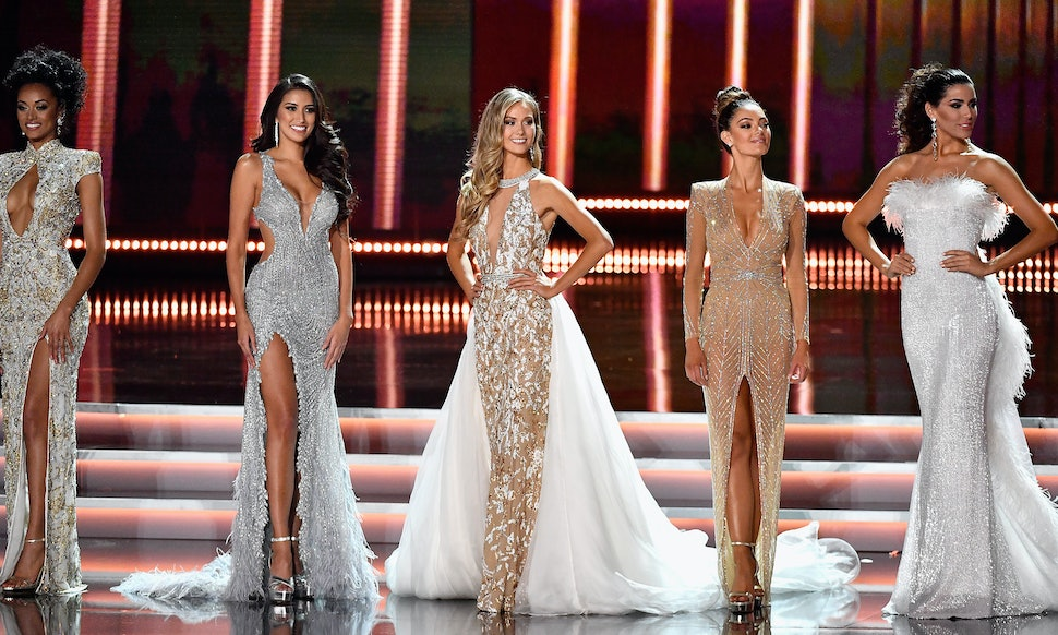 A 2018 Miss USA Selection Committee Made Of All Women Will Choose ...