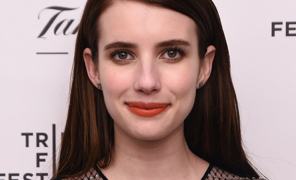 Emma Roberts New Haircut Is So Short Sweet Youll Want To Chop