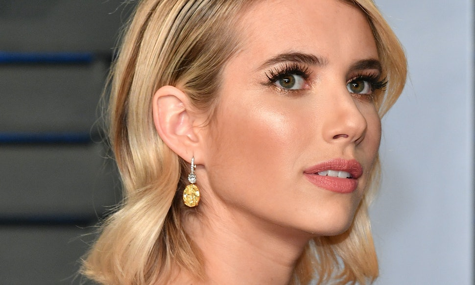 Is Emma Roberts Short Bob Real Its The Shortest Her Hair Has Ever