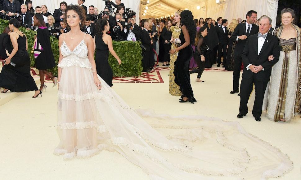 Selena Gomez\'s 2018 Met Gala Dress Has A Detail You Definitely Missed