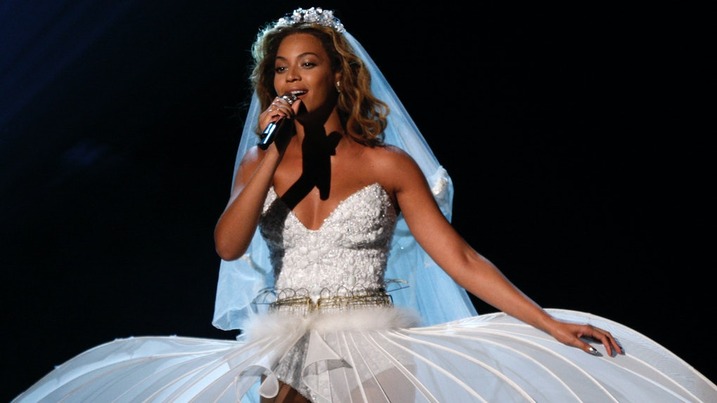 49ad78685d9d Beyonce s Vow Renewal Dress Is So Pretty It Hurts