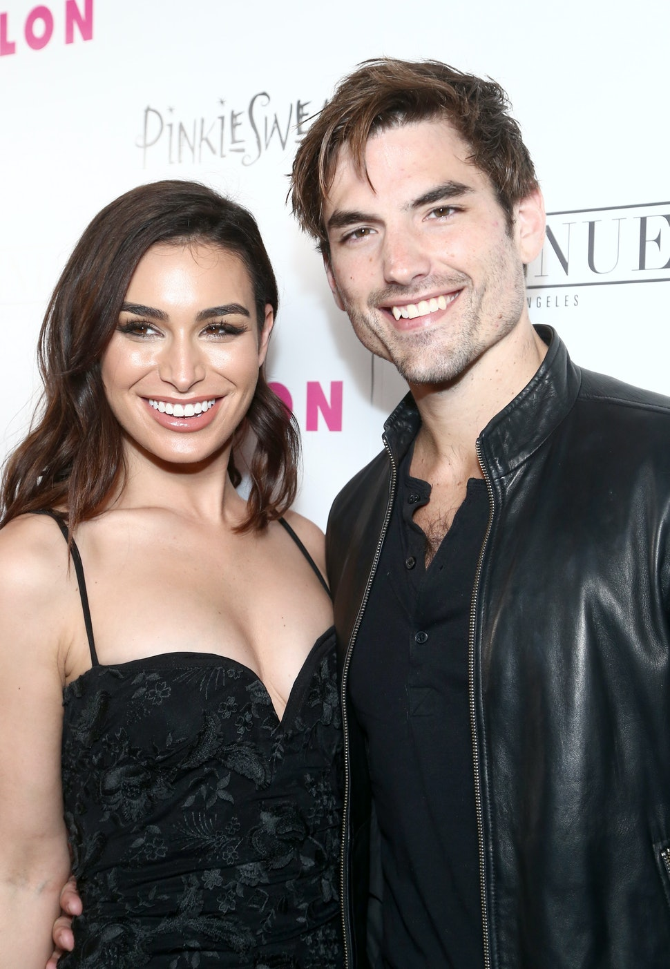 Bachelor Nations Ashley Iaconetti Jared Haibon Are Engaged Its A Match Made In Paradise